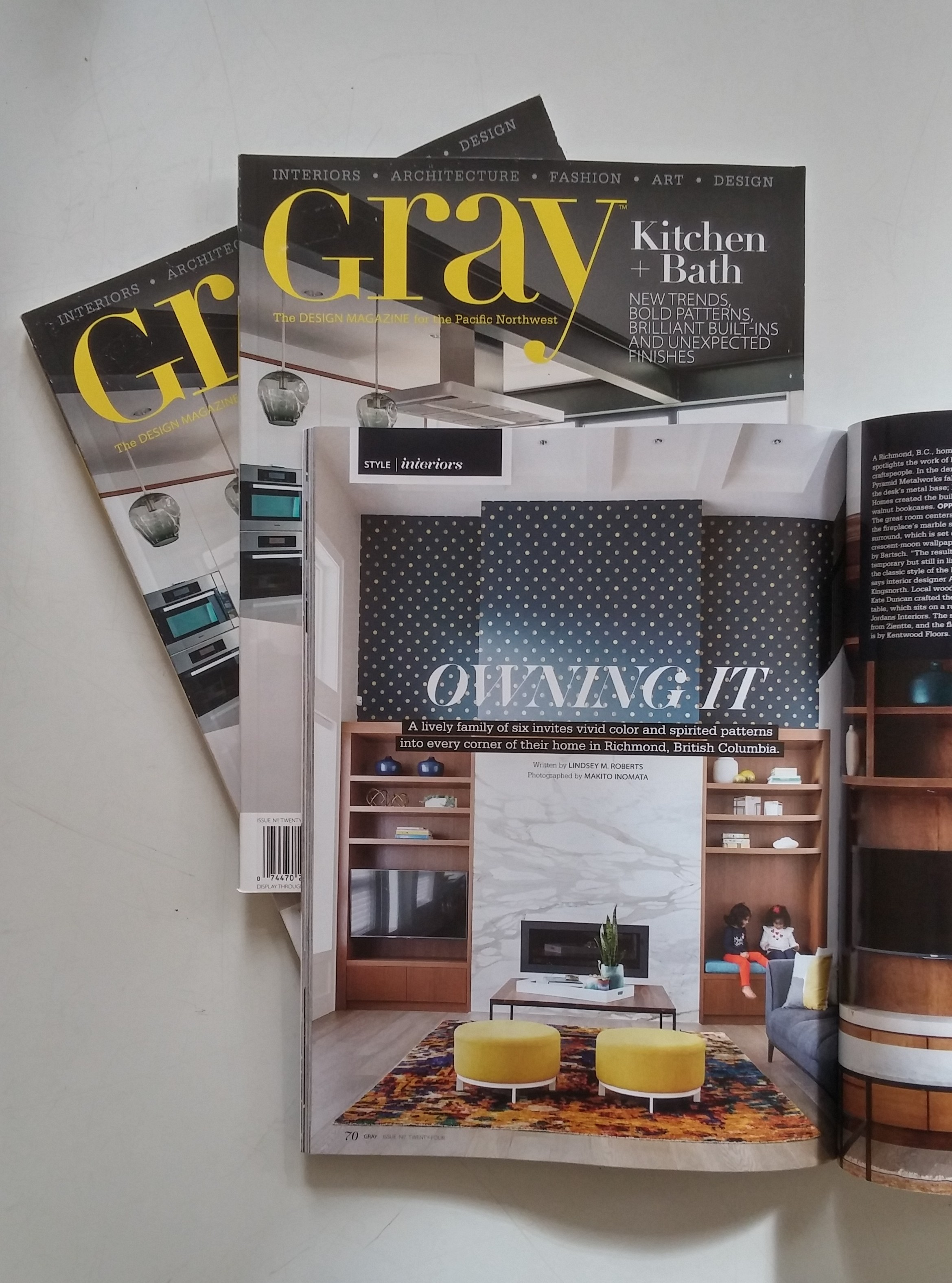 Gray_Magazine_Fairlane